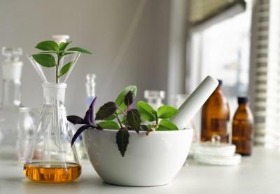 natural-vs-chemical-ingredients