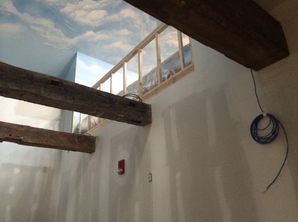 photo.JPG ceiling with beams